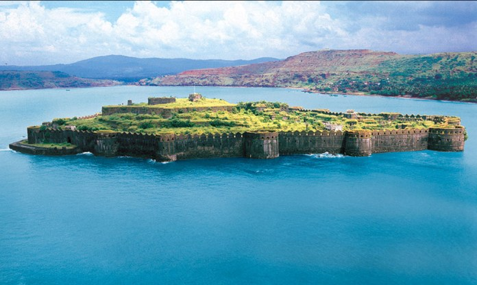 Image result for complete view of Murud-Janjira Fort hd wallpaper