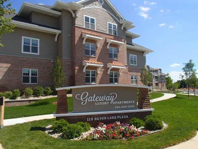 Gateway Apartments - Oconomowoc, WI