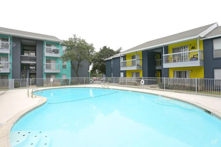 Live Oak Place San Antonio Tx Apartment Finder