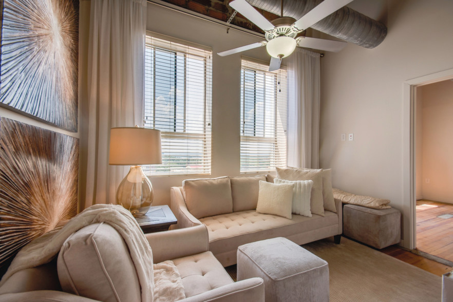 The Tower Luxury Apartment Homes Tuscaloosa AL