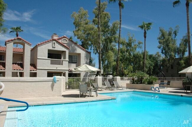 La Jolla Cove Apartments - Mesa, AZ