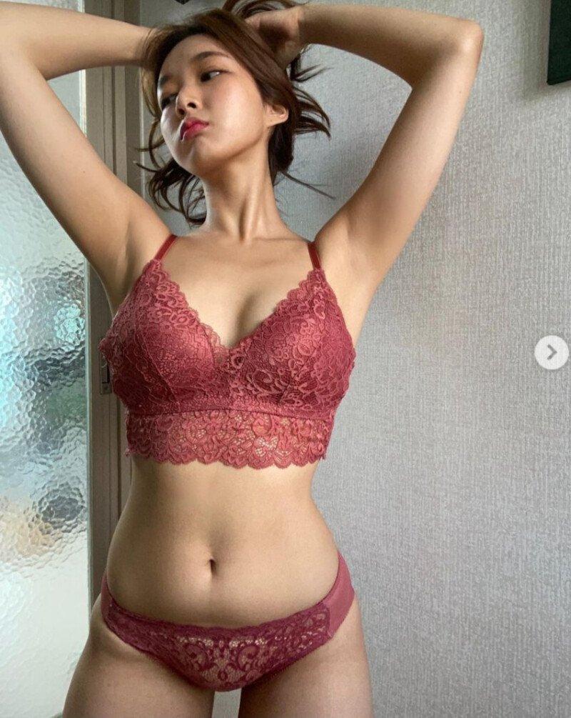 20201227014817_wfapvfnn.jpeg ㅇㅎ) 직접 속옷모델도 하는 女쇼호스트
