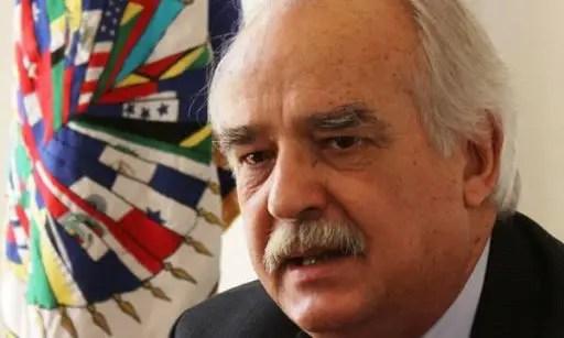 La Constitution de 1987 est inefficace – Ricardo Seitenfus, ex-représentant de l'OEA en Haïti - Constitution, OEA, Ricardo Seitenfus
