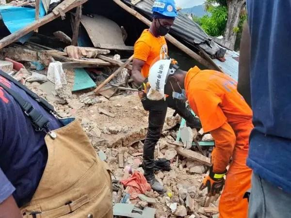 Haïti-Séisme: le bilan des victimes passe à environ 3 000 morts pour près de 13 000 blessés - Séisme