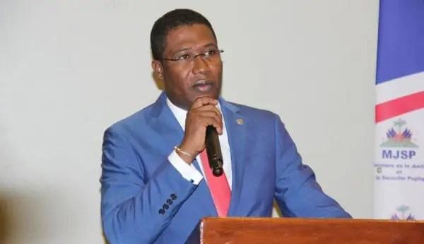 Justice : L'ancien ministre de la justice, Me Camille Edouard Junior, fait le point sur la légalité des actes du commissaire du gouvernement - Camille Edouard Junior