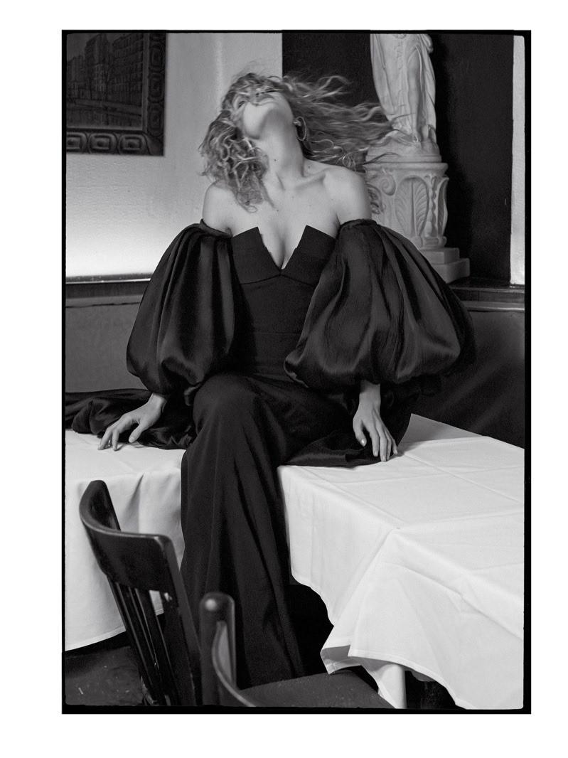 CR FASHION BOOK Gigi Hadid by Sebastian Faena. Carine Roitfeld, Spring 2016, www.imageamplified.com, Image Amplified (4)