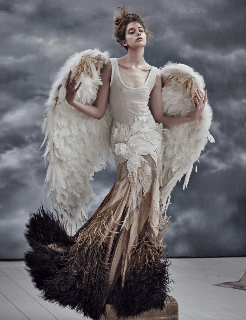 Vogue russia swan princess by mariano vivanco image for Hot couture fashion