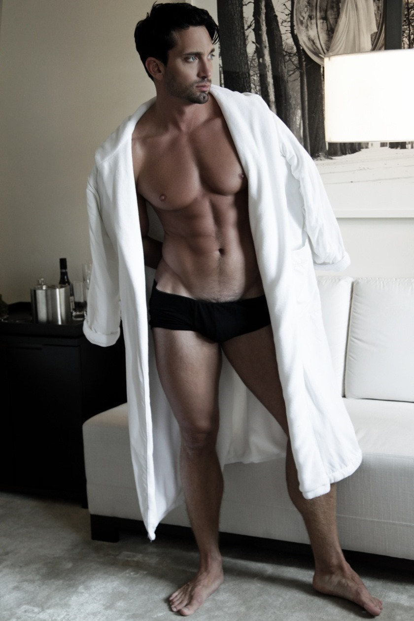 MASCULINE DOSAGE Andrew Morrill by Thomas Synnamon. Spring 2016, www.imageamplified.com, Image Amplified (13)