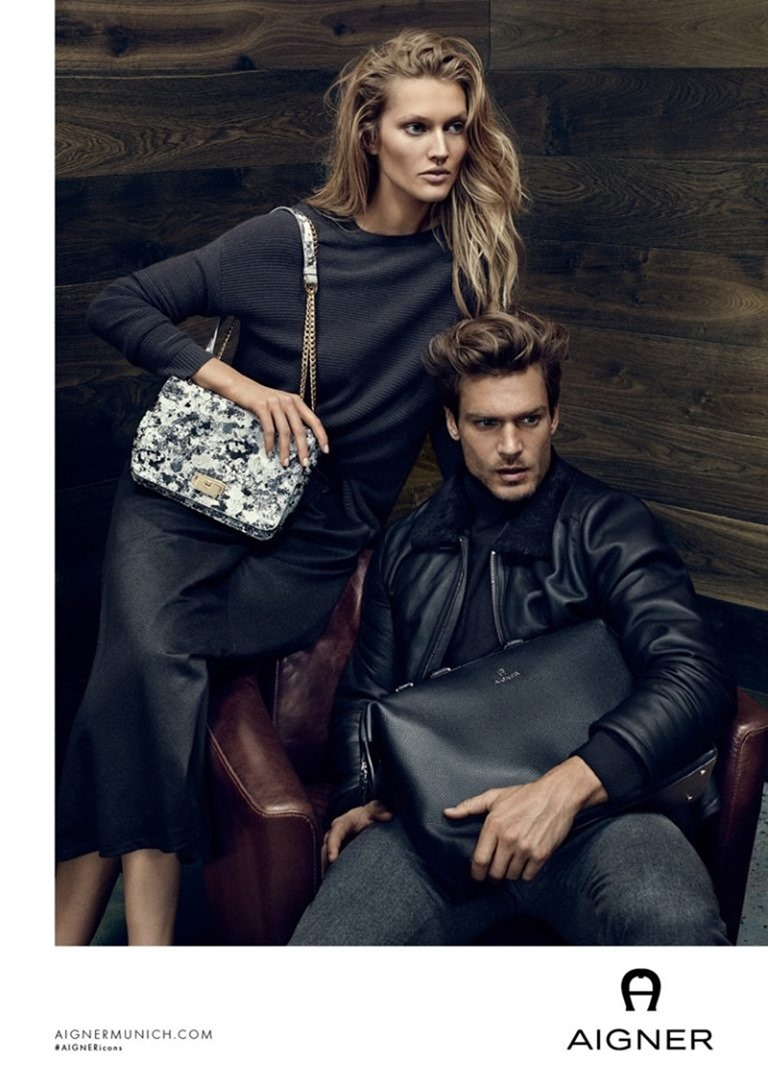 CAMPAIGN Iris Apfel & Toni Garrn for Aigner Fall 2016 by Terry Tsiolis. www.imageamplified.com, image Amplified (2)