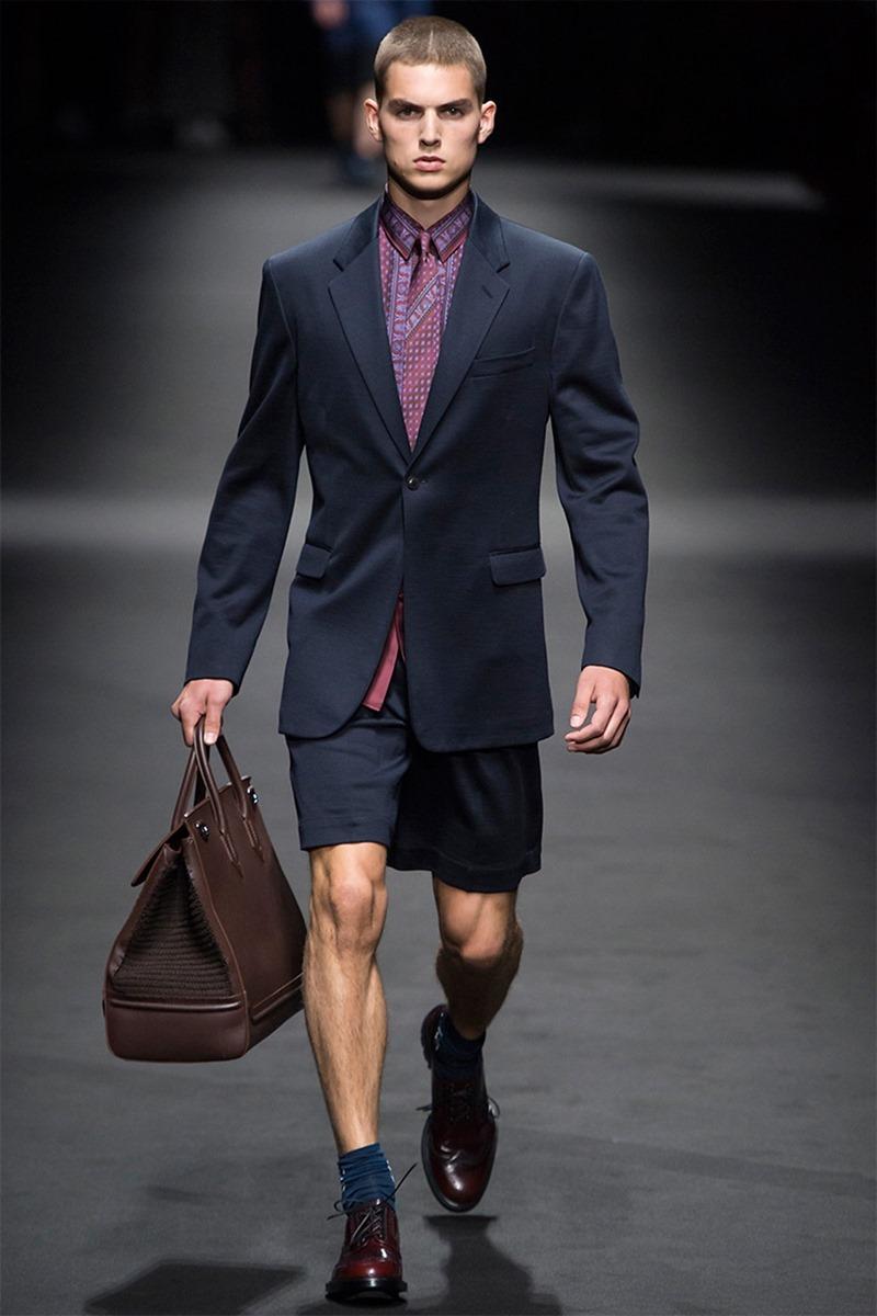 MILAN FASHION WEEK Versace Spring 2017. www.imageamplified.com, Image Amplified (22)