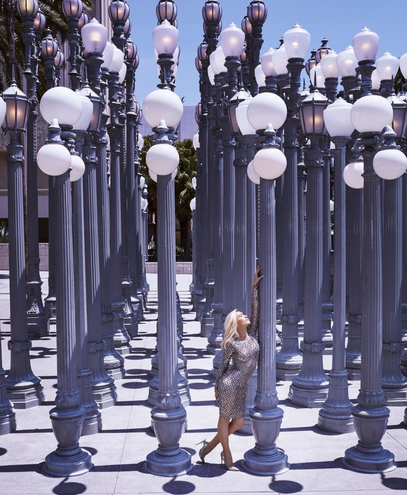 HARPER'S BAZAAR MAGAZINE Gwen Stefani by Alexi Lubomirski. Natasha Royt, August 2016, www.imageamplified.com, Image Amplified (3)