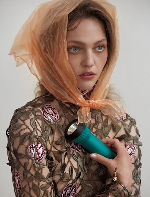 ANOTHER MAGAZINE Sasha Pivovarova by Roe Ethridge. Karen Langley, Fall 2016, www.imageamplified.com, Image Amplified (5)