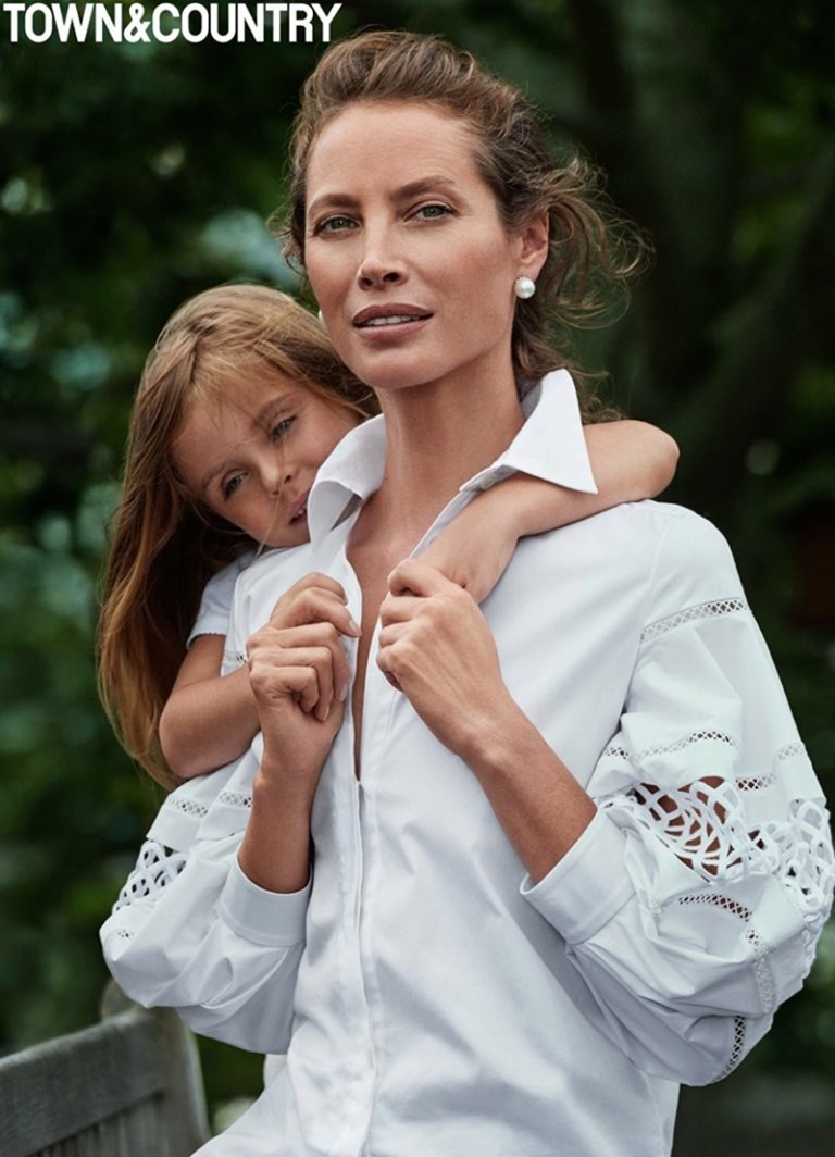 TOWN & COUNTRY MAGAZINE Christy Turlington by Max Vadukul. October 2016, www.imageamplified.com, Image Amplified (3)