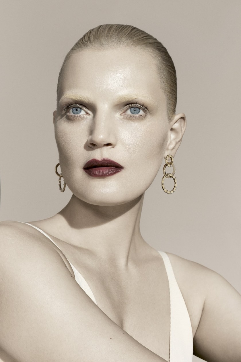 BERGDORF GOODMAN MAGAZINE Guinevere van Seenus by Sanchez & Mongiello. Resort 2017, www.imageamplified.com, Image Amplified4