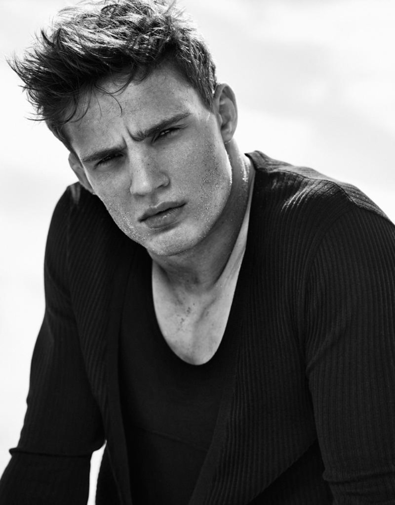 DSECTION MAGAZINE Julian Schneyder by Philippe Vogelenzang. Julie Ragolia, 2016, www.imageamplified.com, Image Amplified (2)