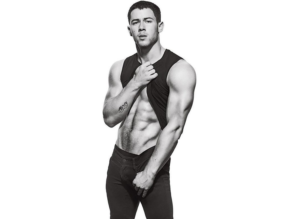 MENS-FITNESS-Nick-Jonas-by-Peter-Yang.-December-2016-www.imageamplified.com-Image-Amplified7.jpg