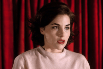 Returning: Sherilyn Fenn is onboard to return as Audrey Horne. Image Amplified www.imageamplified.com