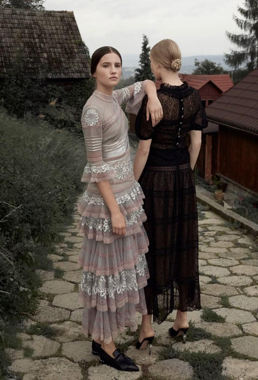 HARPER'S BAZAAR POLAND Maja Salamon & Julia Modzelewska by Agata Pospieszynska. Ina Lekiewicz, February 2017, www.imageamplified.com, Image Amplified6