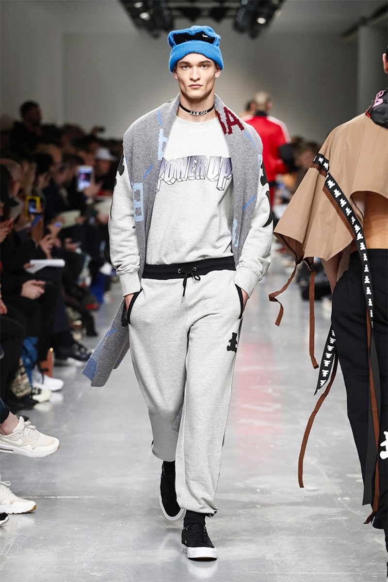 LONDON COLLECTIONS MEN Bobby Abley Fall 2017. www.imageamplified.com, image Amplified11