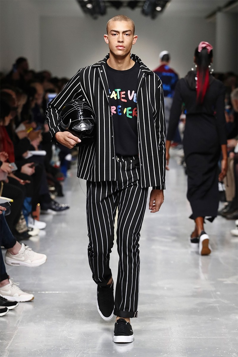 LONDON COLLECTIONS MEN Bobby Abley Fall 2017. www.imageamplified.com, image Amplified16