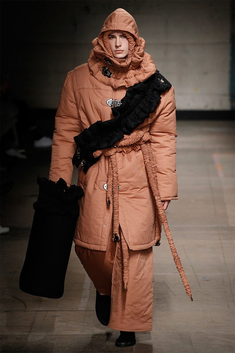 LONDON COLLECTIONS MEN Craig Green Fall 2017. www.imageamplified.com, image Amplified22