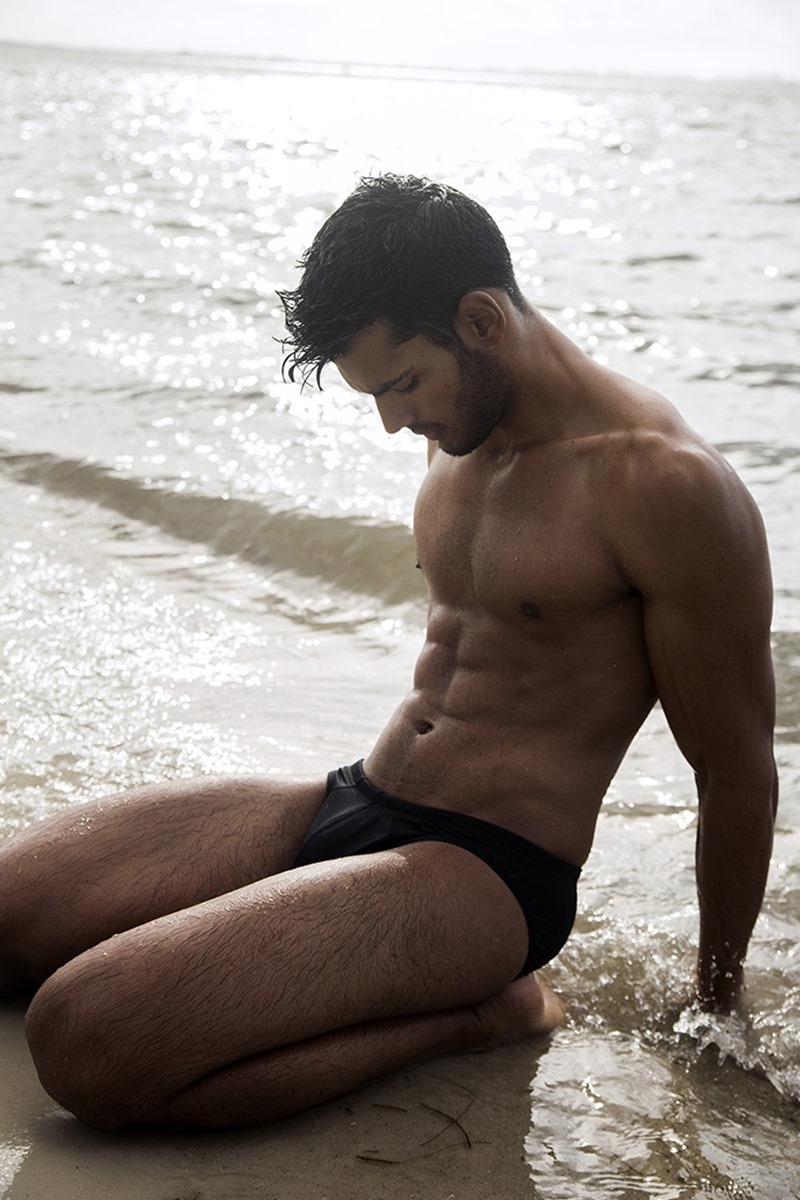 MASCULINE DOSAGE Guys by the Sea by Ricky Cohete. January 2017, www.imageamplified.com, Image Amplified1