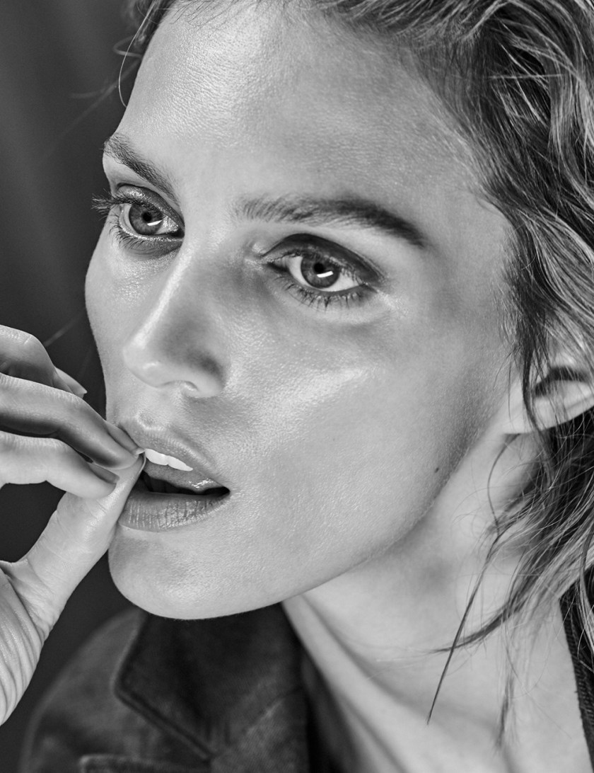 VOGUE MEXICO Anja Rubik by Chris Colls. Valentina Collado, February 2017, www.imageamplified.com, Image Amplified14