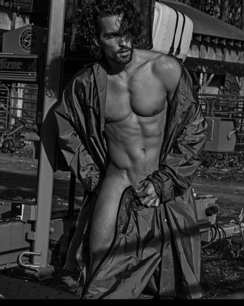 WONDERLAND MAGAZINE Tobias Sorensen by Leonardo Corridor. Gregory Wein, January 2017, www.imageamplified.com, image Amplified7