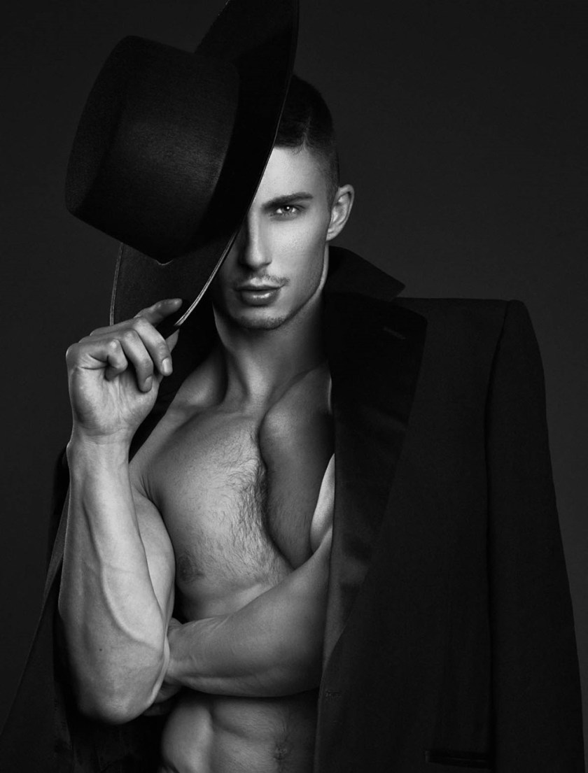 MASCULINE DOSAGE Cam Allison by Tony Veloz. Fall 2017, www.imageamplified.com, Image Amplified5
