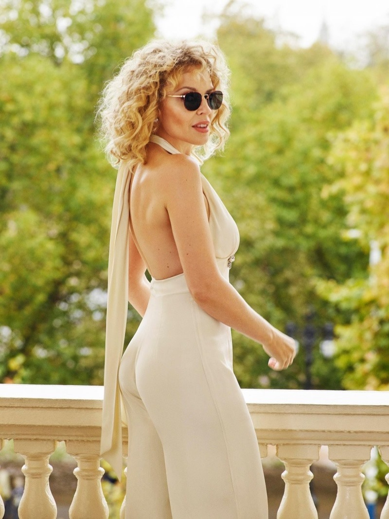 e5371925bc CAMPAIGN Kylie Minogue for Specsavers 2018. www.imageamplified.com