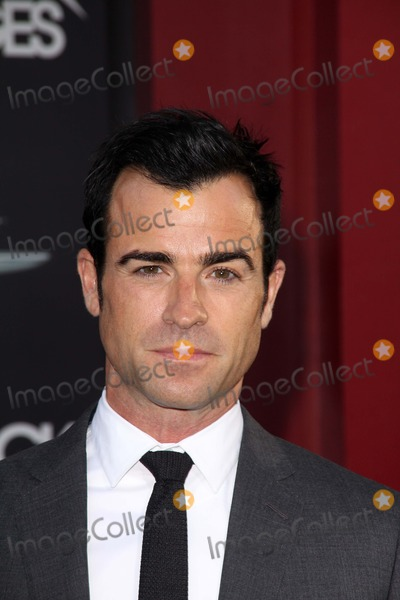 Photos and Pictures - Justin Theroux at the World Premiere ...