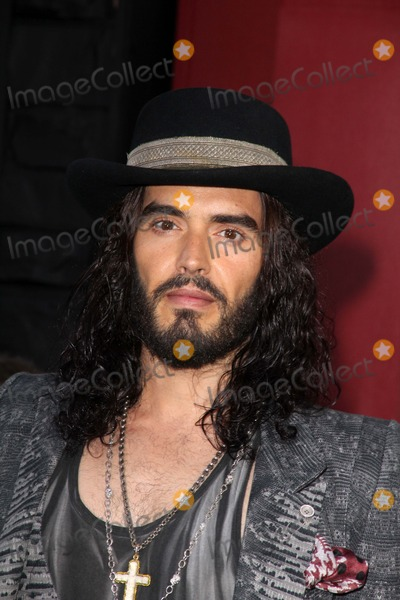 Photos and Pictures - Russell Brand at the World Premiere ...