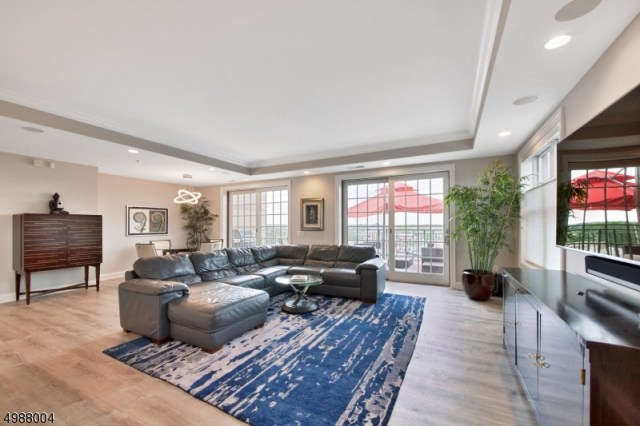 Property for sale at 40 W Park Place Unit 701 Unit: 701, Morristown Town,  New Jersey 07960