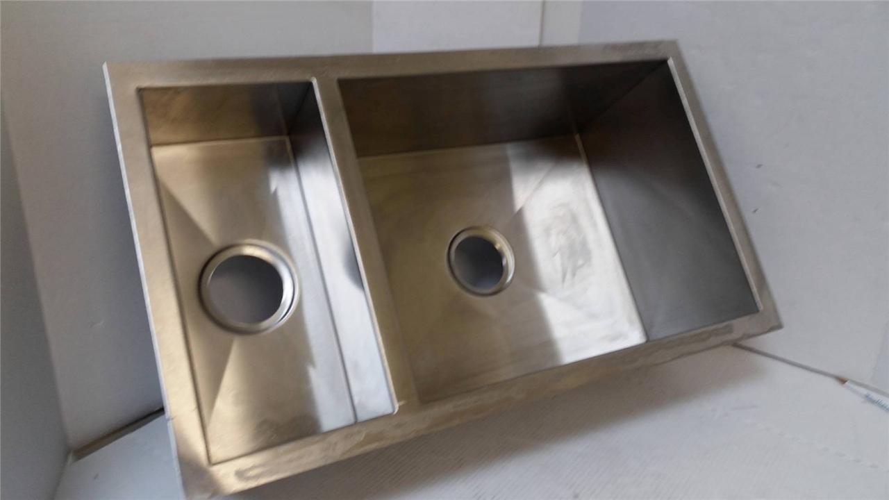 Elkay ELKEFU321910 Avado Kitchen Undermount Sink 32X20