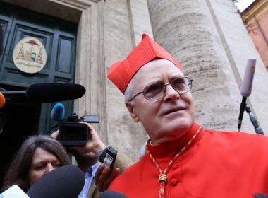 Cardeal de São Paulo é agredido em missa sob acusação de 'comunismo infiltrado'
