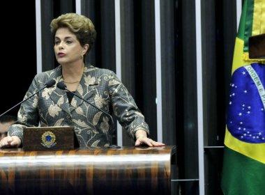 Dilma diz que impeachment é feito por 'covardes' por trás de 'retórica jurídica'