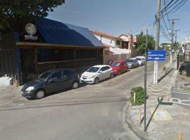 Policial é baleado em frente a casa de shows no Rio Vermelho na madrugada desta sexta