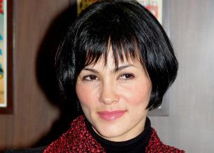 A atriz Suzana Alves