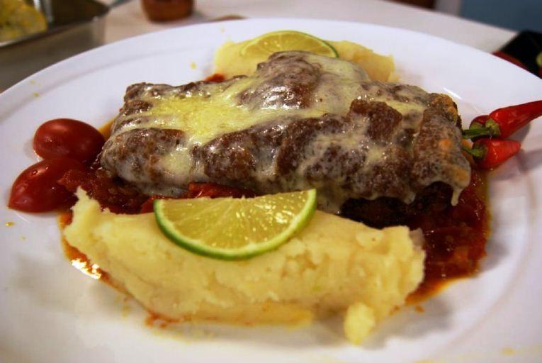 Daniel Bork abre a semana com dois clássicos da gastronomia