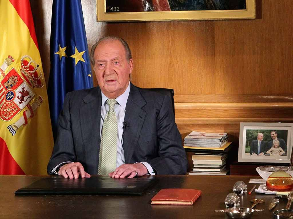 Juan Carlos abdicou ao trono em favor de seu filho / Borja/Pool/AFP