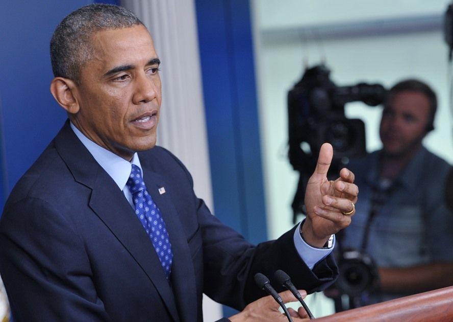Aprovação do trabalho de Obama se aproxima do mínimo histórico de cerca de 40% / Mandel Ngan / AFP