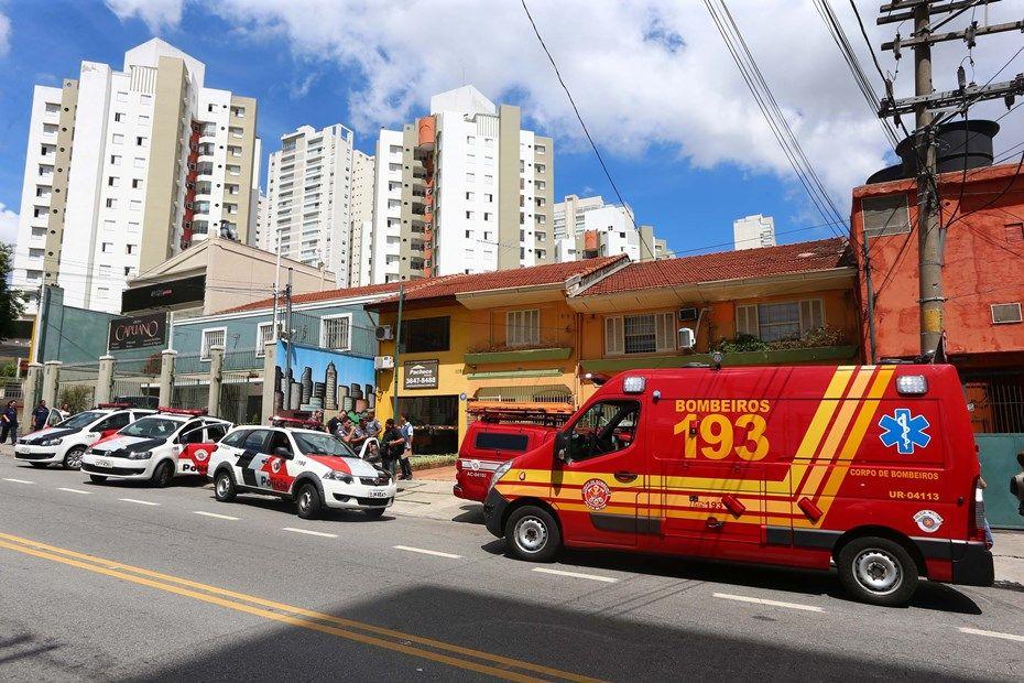 Explosão de panela industrial deixa três feridos na Av. Imperatriz Leopoldina / Marcos Bezerra/Futura Press/Folhapress