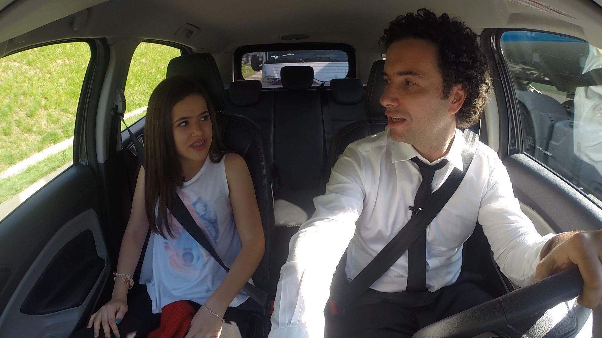 Maisa é a convidada da semana no quadro Hora do Rush  /