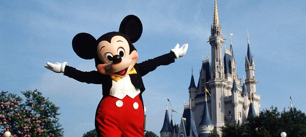 Mickey Mouse vai receber a todos de braços abertos! / Divulgação / Disney