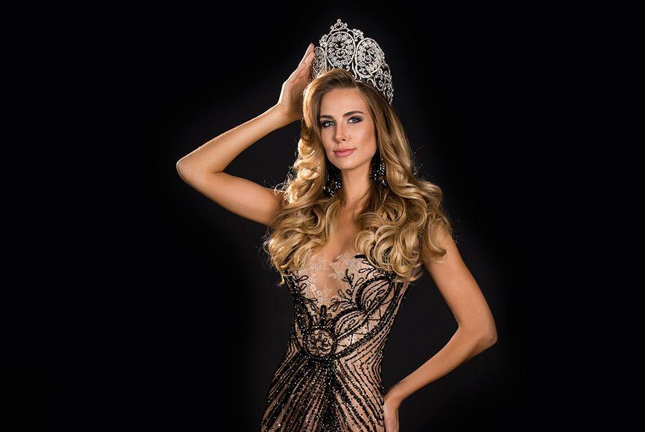 Marthina Brandt esbanja todo sua beleza brasileira no concurso  / Lucas Ismael/Band