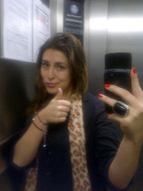 Fernanda Paes esperou 20 minutos para ser resgatada / Divulgação/Twitter oficial