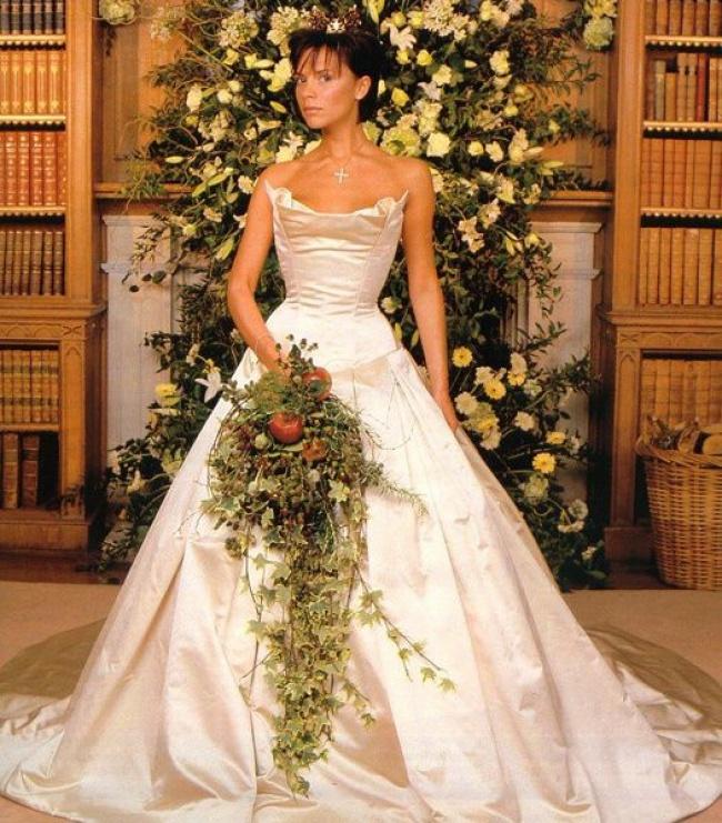 Vestido de noiva de Victoria Beckham - Foto: © East News.ru