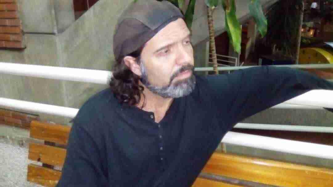 Iñigo Ayala  el cantautor venezolano con todo el Blues en su corazón.
