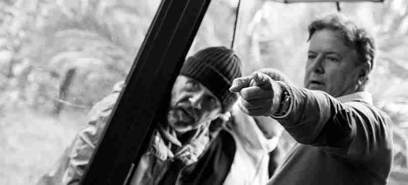 """Con  """"Porque la sopa se enfría"""" el cineasta Santiago Pumarola se estrena en la narrativa."""