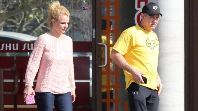 Britney Spears con su padre Jamie Spear